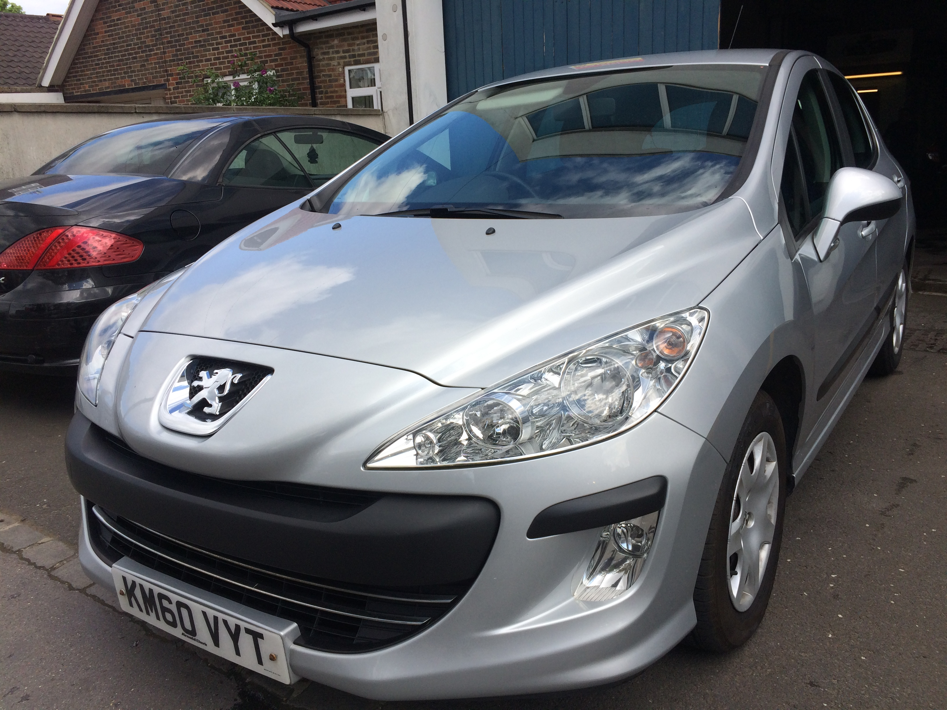 Peugeot 308 1.4 VTi S 5dr 1 PREVIOUS OWNER,1 YEAR MOT,£2990